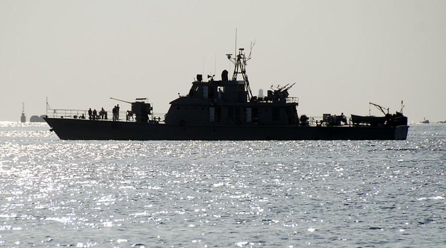 Iran đưa tàu chiến tới gần các nước cắt quan hệ với Qatar - 1