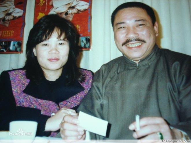 Ông hoàng màn ảnh Đài Loan: Khi trẻ vinh hoa phú quý, về già bệnh tật ngồi xe lăn - 2