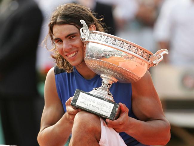 2006 - Nadal hạ Roger Federer với tỉ số 1-6, 6-1, 6-4, 7-6 (7-4)