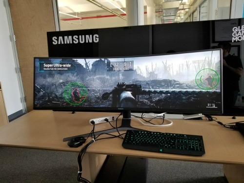 1497260678 14971738353516 samsungtv3 Samsung ra mắt màn hình chơi game cong siêu ấn tượng