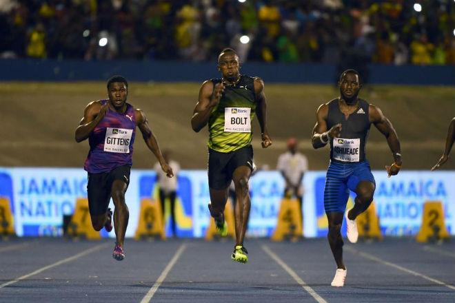 Tin thể thao HOT 12/6: Lê Tú Chinh giành HCV 100m, phá sâu kỷ lục - 3