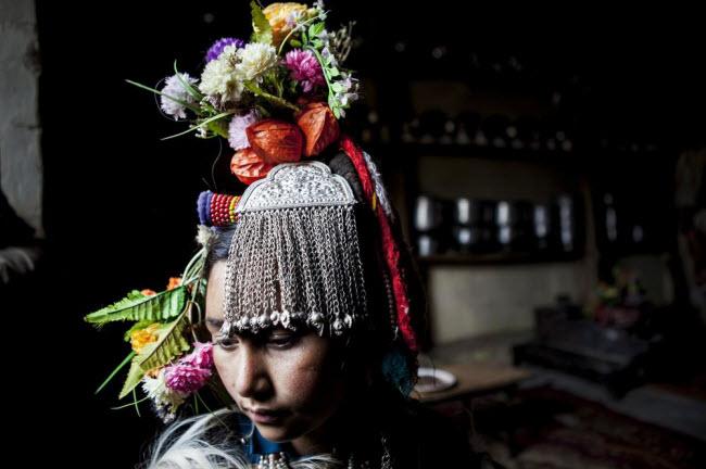 Bí ẩn về bộ tộc thoải mái đổi vợ sống trên dãy Himalayas - 6