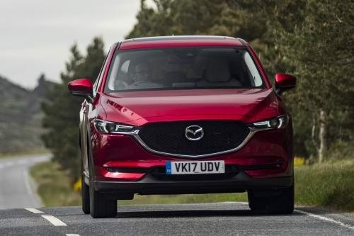 Mazda CX-5 2017 máy dầu giá 976 triệu đồng - 3