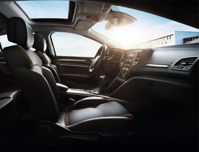 Renault Megane AKAJU cao cấp giá 703 triệu đồng - 2