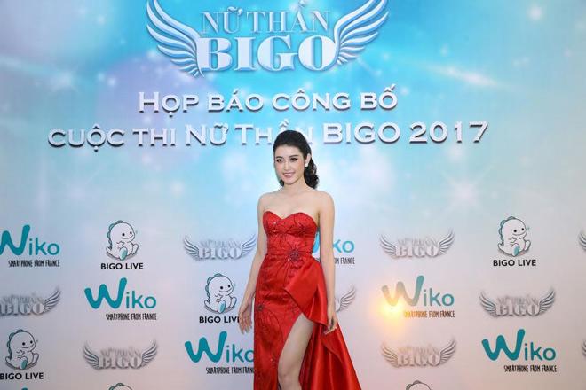 """Huyền My đẹp lộng lẫy khi làm giám khảo cuộc thi """"Nữ thần' - 5"""