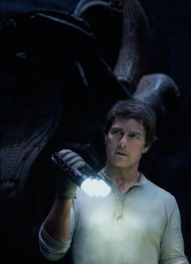 """""""Xác ướp"""" lập kỷ lục cho riêng Tom Cruise tại Việt Nam - 2"""