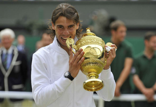 "Rafael Nadal: Vua Roland Garros chỉ là ""tứ ca"" ở Wimbledon - 1"