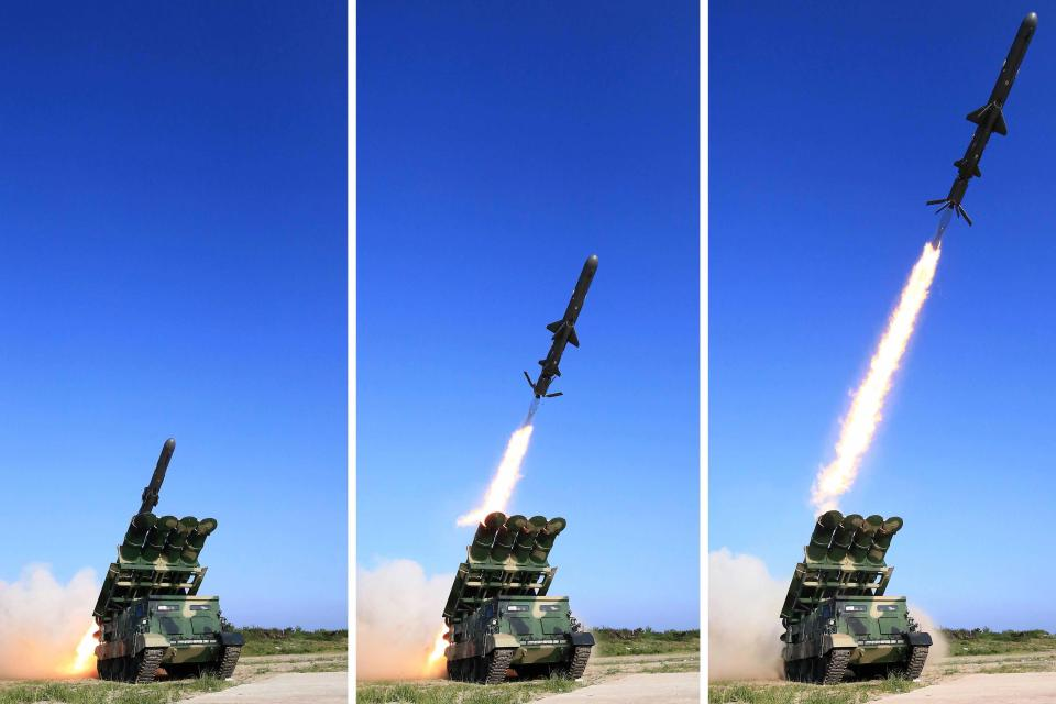 """Chuyên gia: Tên lửa Triều Tiên chỉ cách Mỹ """"một bước chân"""" - 3"""