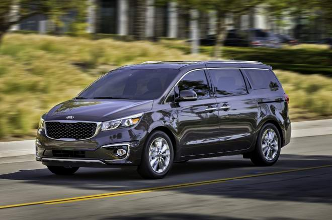 Những mẫu xe gia đình đáng mua nhất có giá dưới 700 triệu đồng - 7
