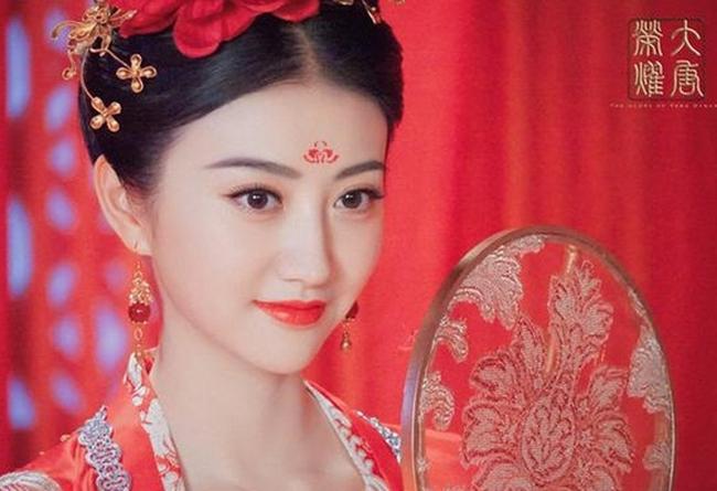 Nhan sắc xinh đẹp của  đệ nhất mỹ nữ Bắc Kinh  khiến nhiều người xao xuyến.