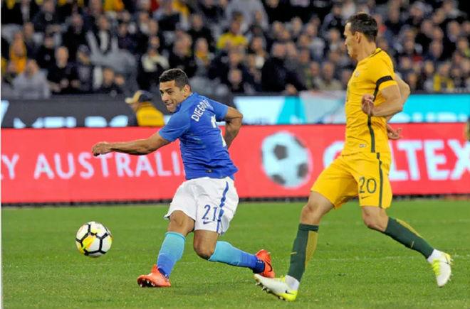 Australia - Brazil: Chớp nhoáng 12 giây định đoạt - 1