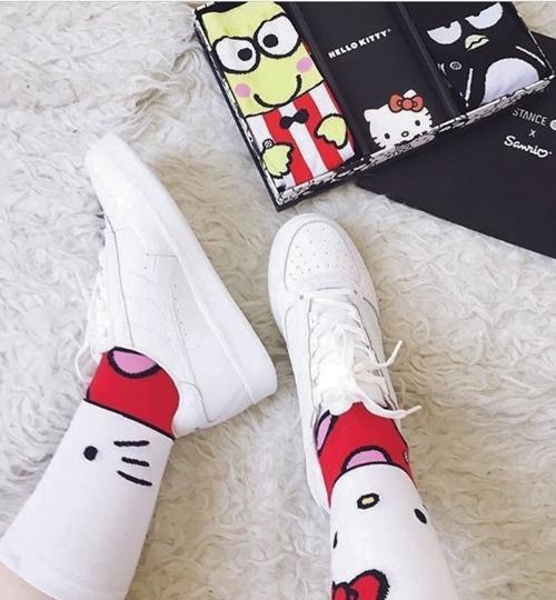 Binh đoàn Hello Kitty sắp thống trị thế giới thời trang! - 8