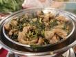 Về Ninh Thuận ăn dê hấp lá tía tô