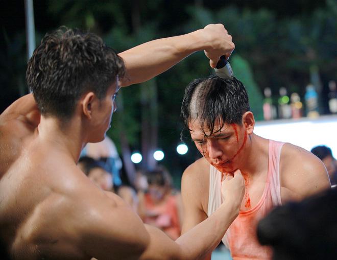 """Bình Minh chấp nhận đổ máu, cạo trọc đầu vì """"Sám hối"""" - 3"""