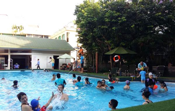 Đi bơi, cẩn trọng với hàng loạt bệnh viêm nhiễm - 1