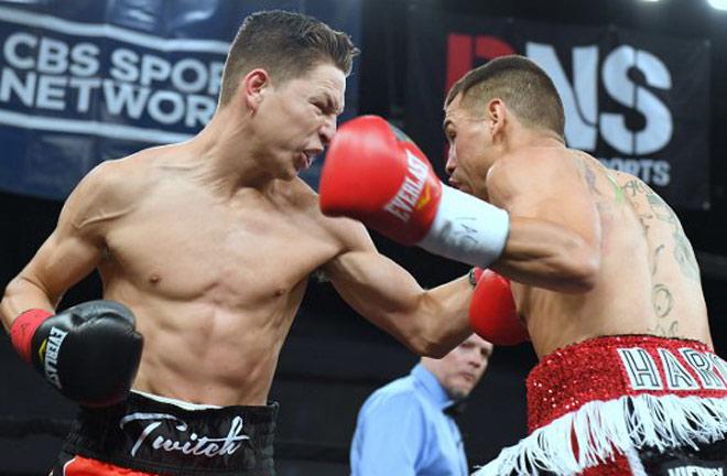"""Kinh sợ boxing: Dính đòn nhập viện, """"chưa hẹn ngày về"""" - 1"""