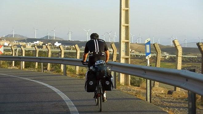 Tay đua vĩ đại: Hạ cướp, xuyên bom đạn vượt 18.000km bằng... xe đạp - 5