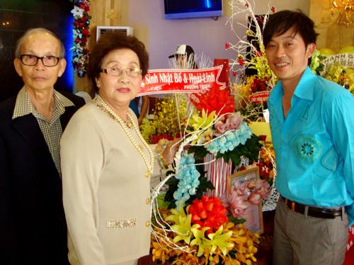 """4 người phụ nữ bên đời Hoài Linh và những chuyện """"thâm cung bí sử"""" - 1"""