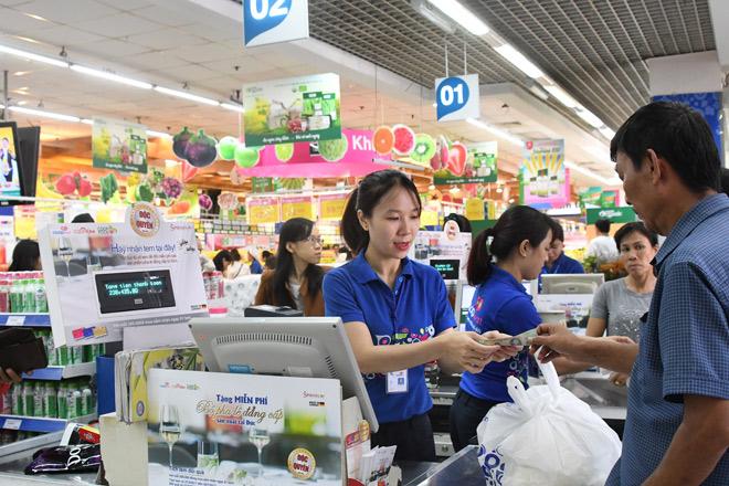 Đi siêu thị Co.opmart càng mua nhiều càng có lợi - 2