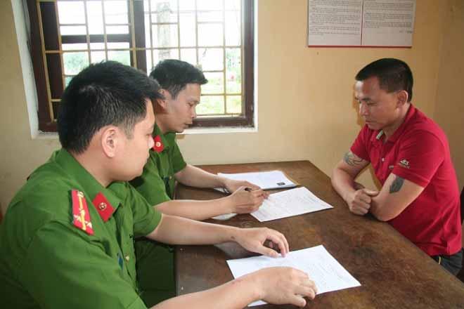 Tài xế đâm lật xe CSGT Hà Tĩnh từng trốn truy nã 7 năm - 1