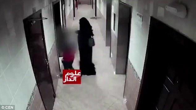 UAE: Giả gái, bắt cóc bé trai 12 tuổi rồi hãm hại - 2