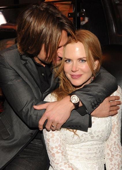 """Vợ cũ ngày càng sexy thế này, bảo sao Tom Cruise cứ muốn """"rủ rê"""" - 9"""