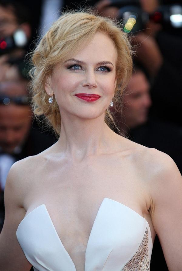 """Vợ cũ ngày càng sexy thế này, bảo sao Tom Cruise cứ muốn """"rủ rê"""" - 15"""
