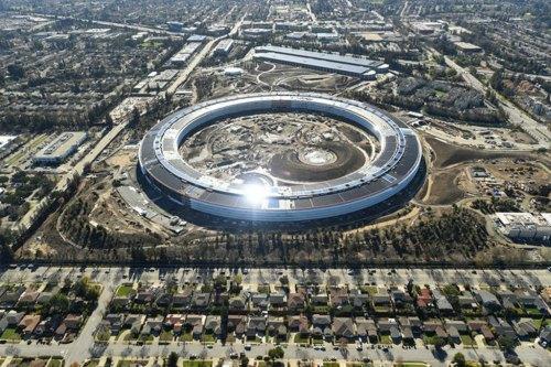 """Apple bán """"trái phiếu xanh"""" để tài trợ cho các dự án năng lượng - 1"""