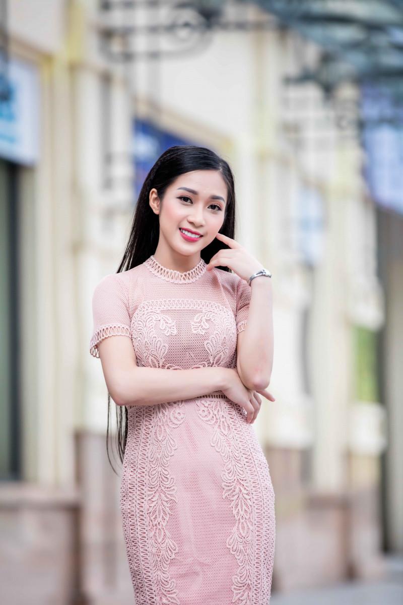 """Thánh nữ Bolero Jang Mi có """"đối thủ"""" mới xinh như hoa hậu - 2"""