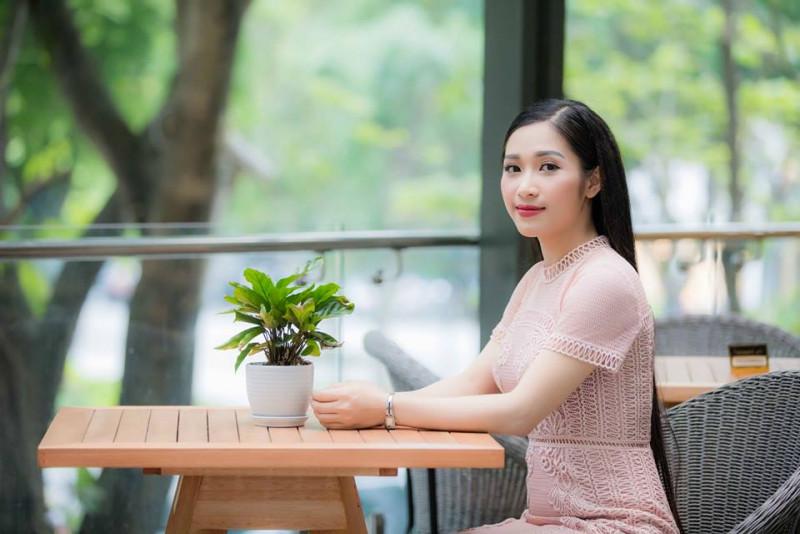 """Thánh nữ Bolero Jang Mi có """"đối thủ"""" mới xinh như hoa hậu - 4"""