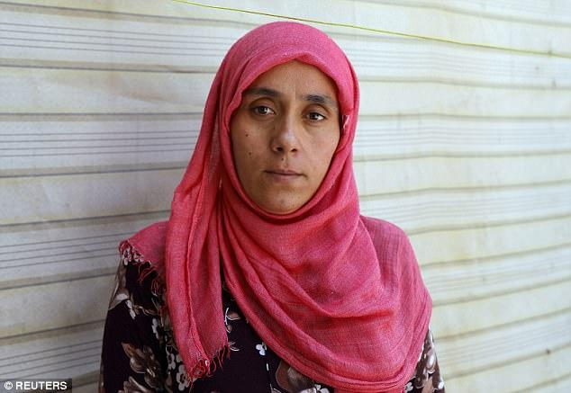 Người phụ nữ nô lệ tình dục của IS bị mua bán 5 lần - 1