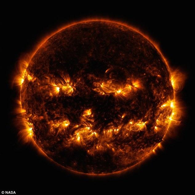 Anh em song sinh của Mặt trời khiến khủng long tuyệt diệt? - 3