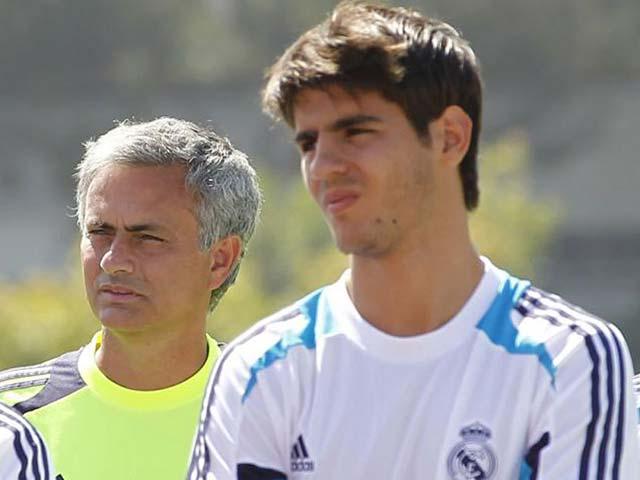 Morata 90 triệu bảng đến MU: Không Mourinho đố mày làm nên