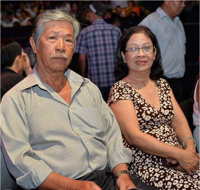 Bố mẹ Lam Trường, Hà Tăng nuôi con thành danh từ xe bánh mì, nước mía - 8