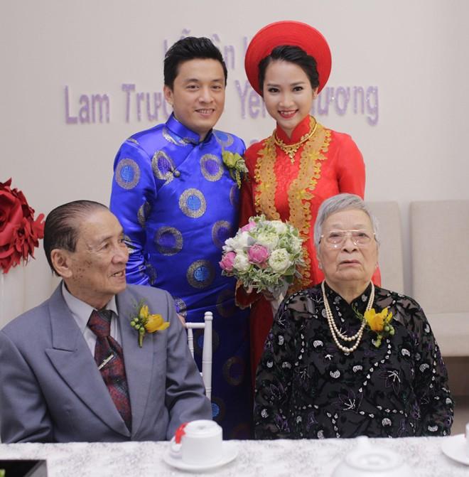 Bố mẹ Lam Trường, Hà Tăng nuôi con thành danh từ xe bánh mì, nước mía - 11