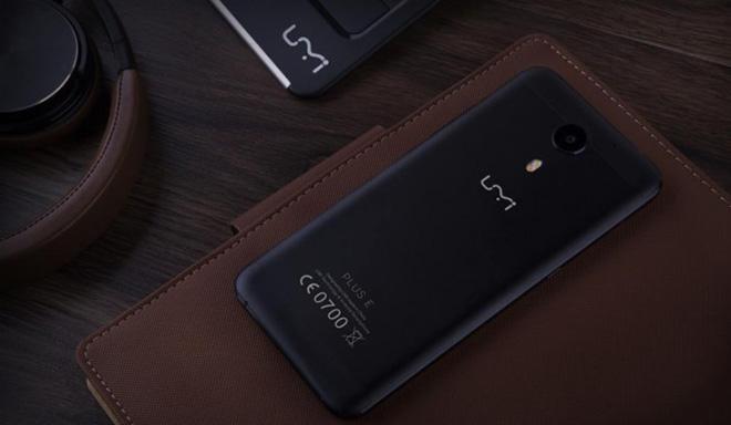 """Điện thoại Smartphone UM Plus E """"gây sốt"""" giới công nghệ - 5"""