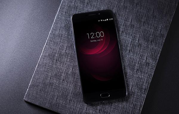 """Điện thoại Smartphone UM Plus E """"gây sốt"""" giới công nghệ - 4"""