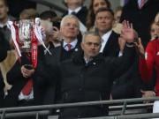 Bóng đá - Mourinho luôn vô địch mùa thứ 2: Cả Ngoại hạng Anh run rẩy