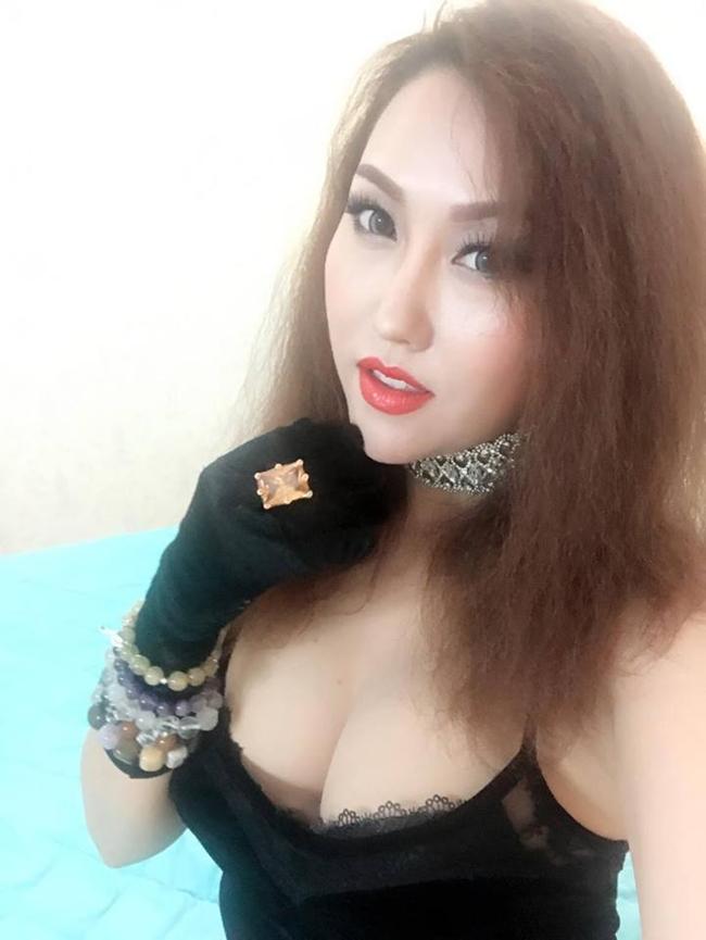 """20 - là độ tuổi Phi Thanh Vân tuyên bố cô mới làm """"chuyện ấy"""" lần đầu."""