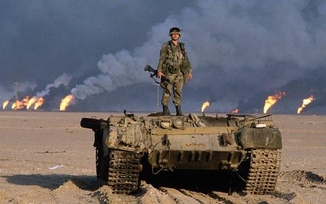 Chiến tranh vùng Vịnh: Trận lớn nhất bom vùi đạn dập Iraq - 1