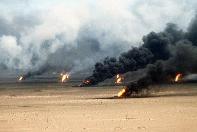 Chiến tranh vùng Vịnh: Trận lớn nhất bom vùi đạn dập Iraq - 10
