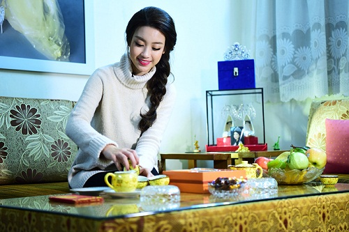 Hoa hậu Mỹ Linh, Thu Thảo cát-xê cao ngất vẫn ở nhà tập thể, căn hộ đơn sơ - 2