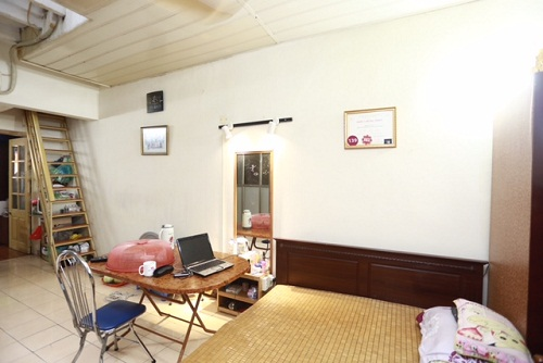 Hoa hậu Mỹ Linh, Thu Thảo cát-xê cao ngất vẫn ở nhà tập thể, căn hộ đơn sơ - 5
