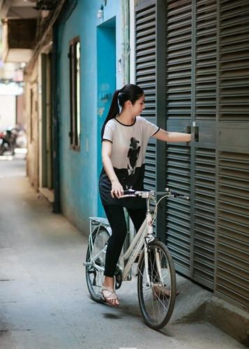 Hoa hậu Mỹ Linh, Thu Thảo cát-xê cao ngất vẫn ở nhà tập thể, căn hộ đơn sơ - 8