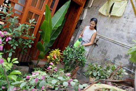 Hoa hậu Mỹ Linh, Thu Thảo cát-xê cao ngất vẫn ở nhà tập thể, căn hộ đơn sơ - 9