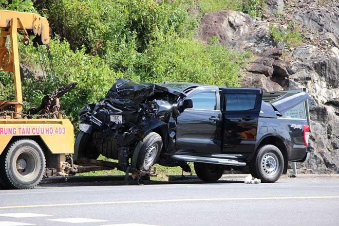 Xe bán tải đâm trực diện xe khách trên đường dẫn Nam hầm Hải Vân, 4 người bị thương - 1