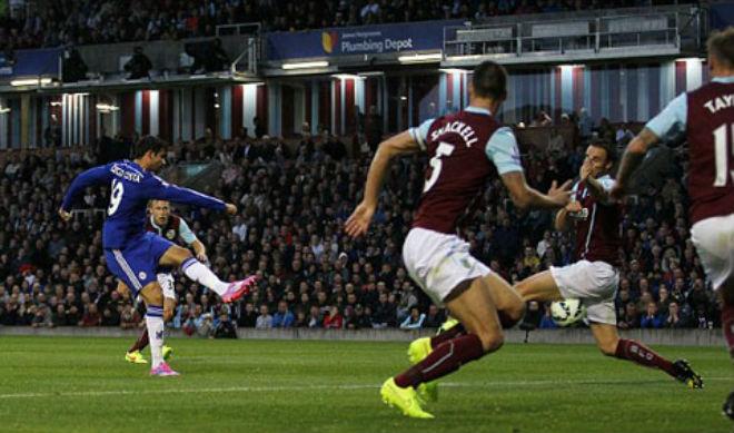Ngoại hạng Anh mùa giải mới: Joe Hart đấu MU, Mahrez chào Arsenal - 3