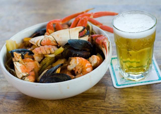Mùa hè đi biển, cần tránh tuyệt đối những điều này khi ăn hải sản - 2