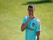 """Bóng đá - Chấn động Real, Ronaldo đòi đi, giá 157 triệu bảng: """"Mưu kế"""" của CR7?"""