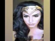 """Màn makeup thành Wonder Woman của thanh niên """"chuẩn man"""""""